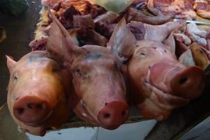 Histoire des 3 petits cochons qui se termine mal ;-)