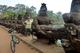 Moi aussi je suis capable de faire une de Bouddha !